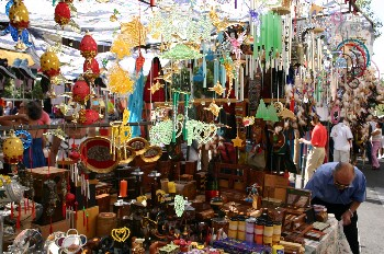 El rastro flea market day 4 wanderlust and wonderment - Mercadillo antiguedades madrid ...
