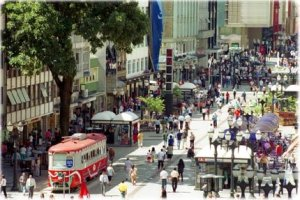 Partial view of Curitiba's pedestrian mall on Rua das Flores