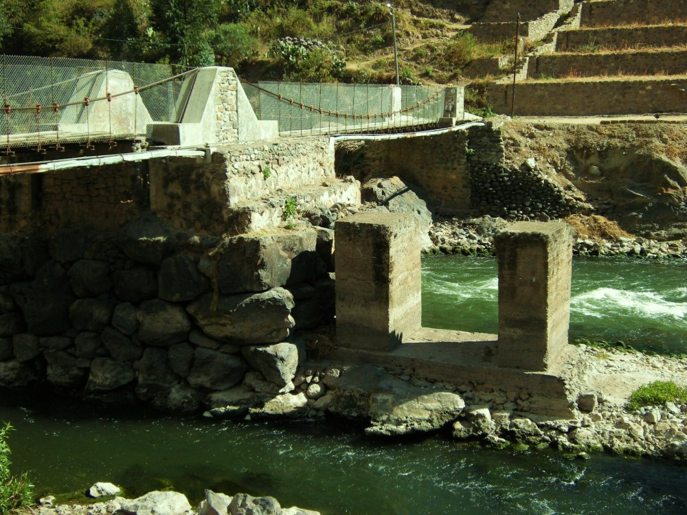 Bridge with Inca foundations