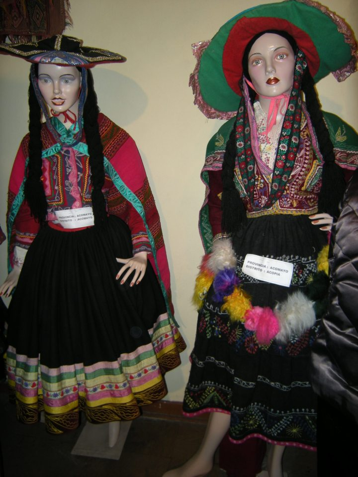 Costumes from the province of Acomayo