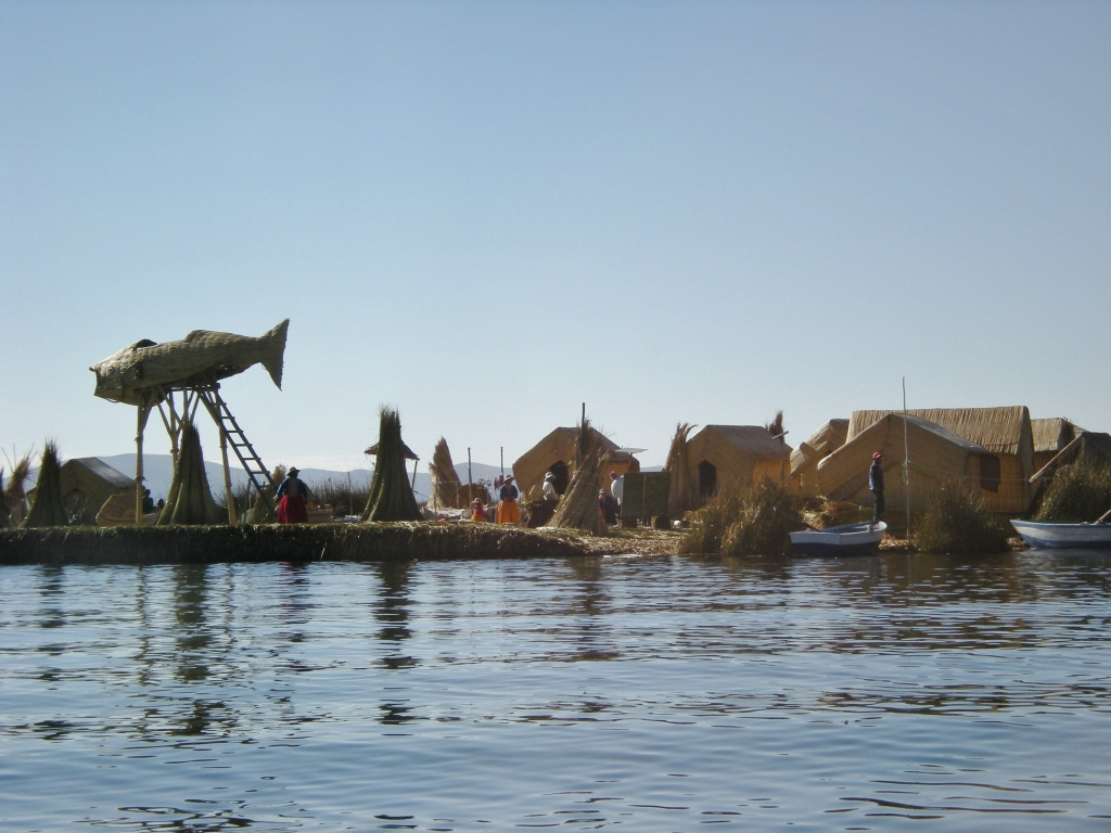 The main island. (The large fish is made of reeds, like most things on Uros.)