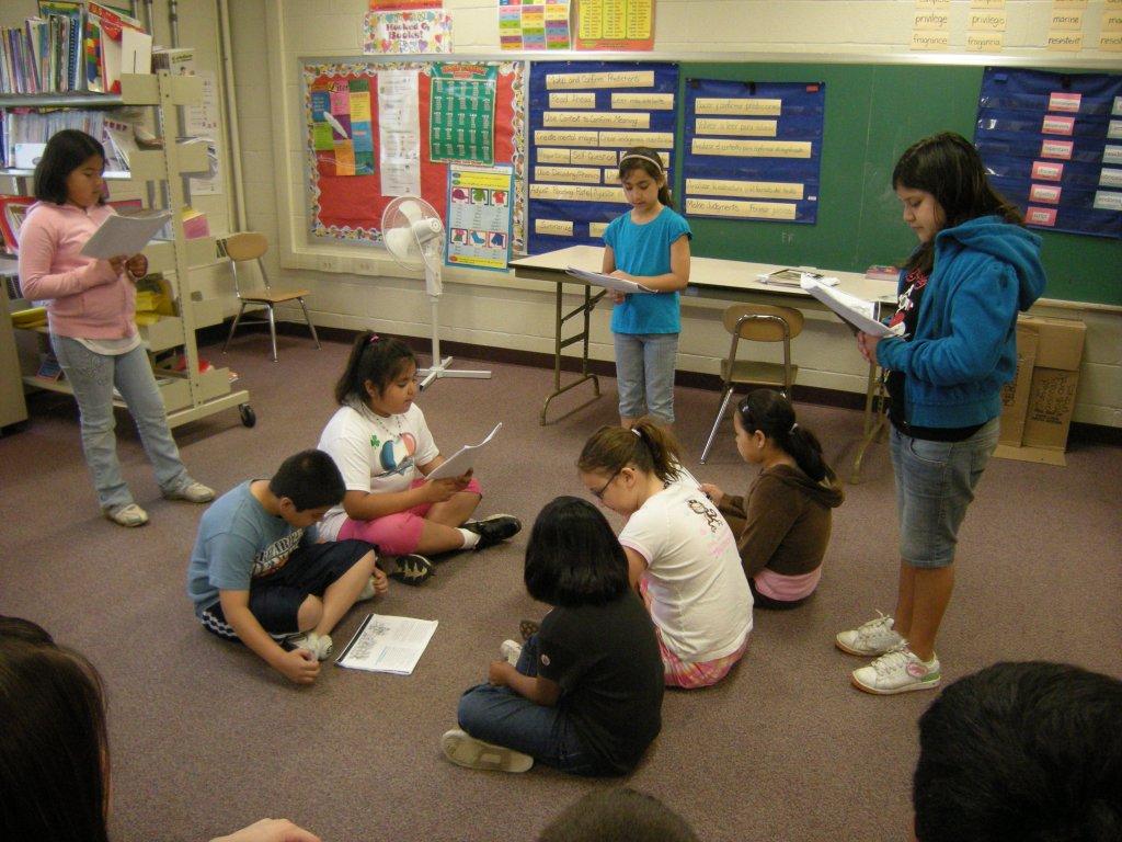 2009: 3rd grade play (bilingual literacy class)