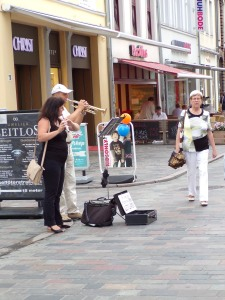Musicians entertained on the street, hoping for a donation of a euro or two.