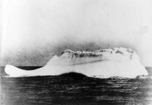 09-iceberg-that-sank-the-titanic