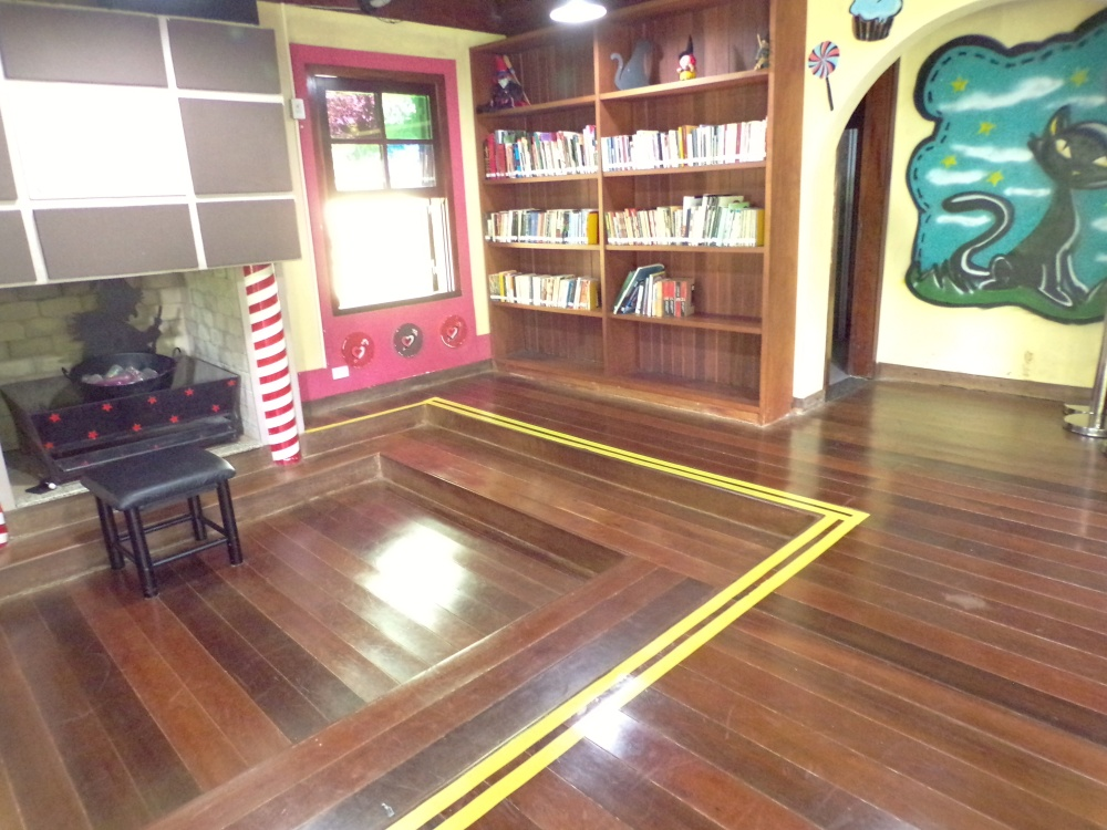 Inside is a small library and reading area for children.