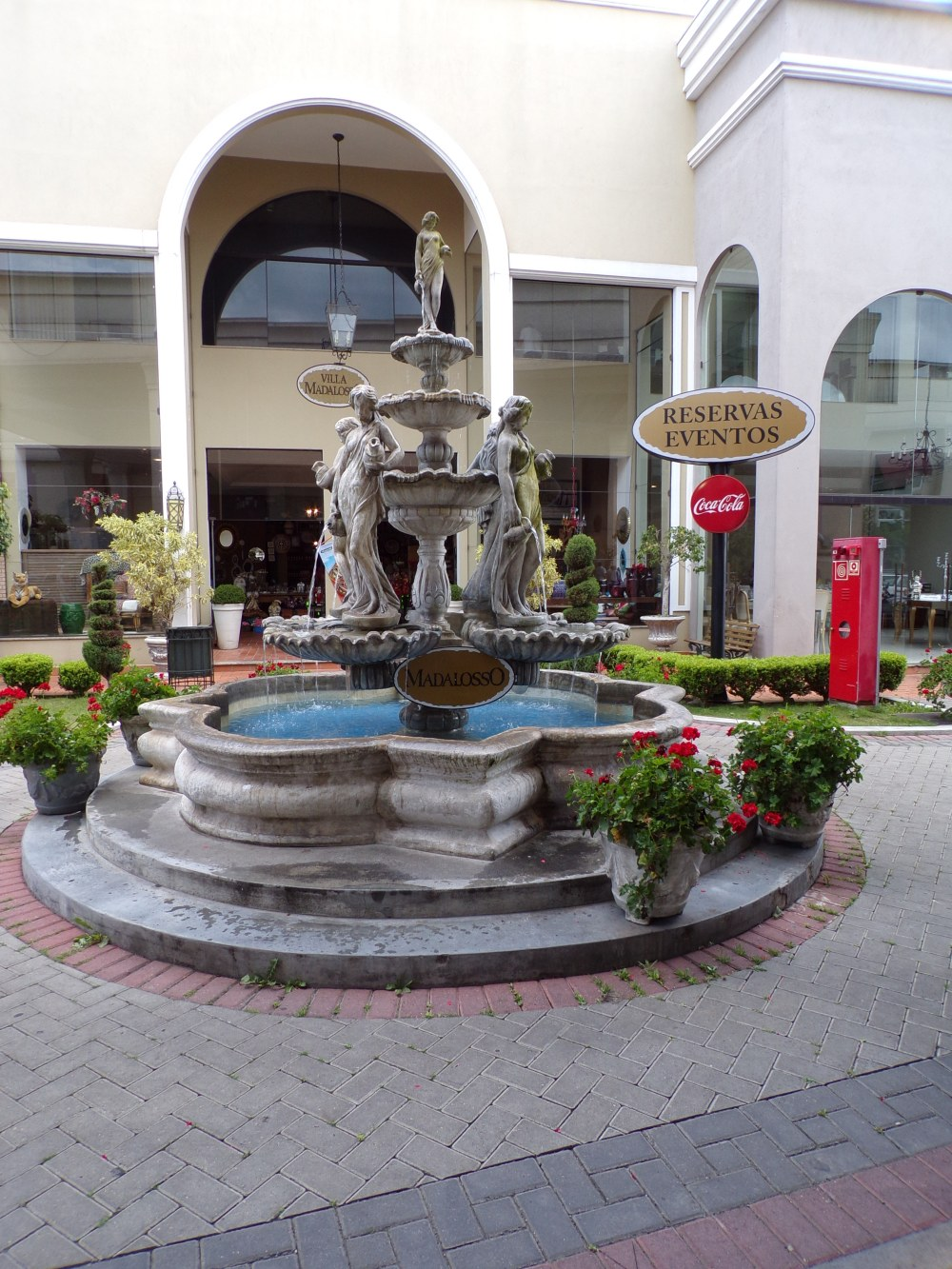 Fountain in courtyard outside Madalosso