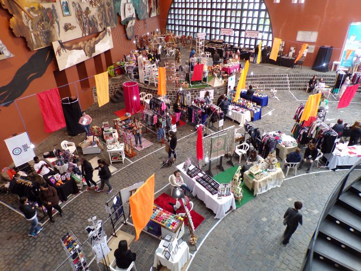 Looking down on the vendor tables.