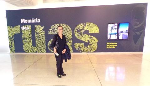 Eliane at Oscar Niemeyer Museum