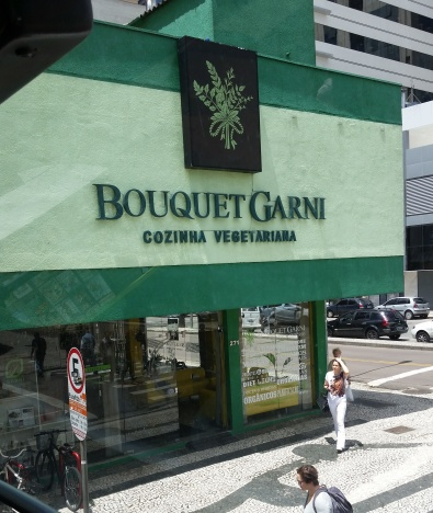 vegetarian restaurant in downtown Curitiba