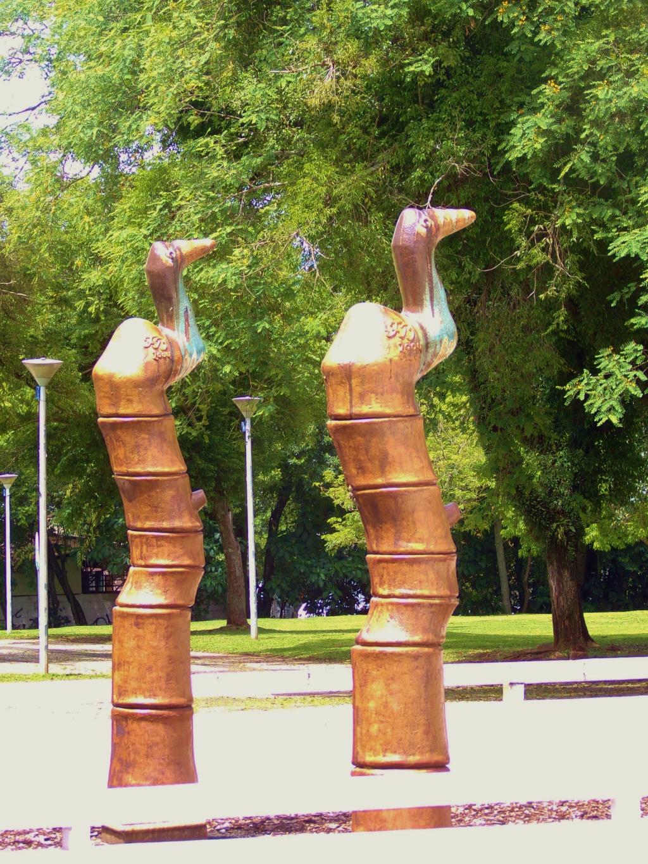 Egyptian statues - Oscar Niemeyer Museum courtyard