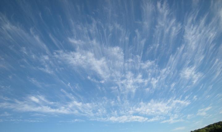 interesting cirrus cloud formation