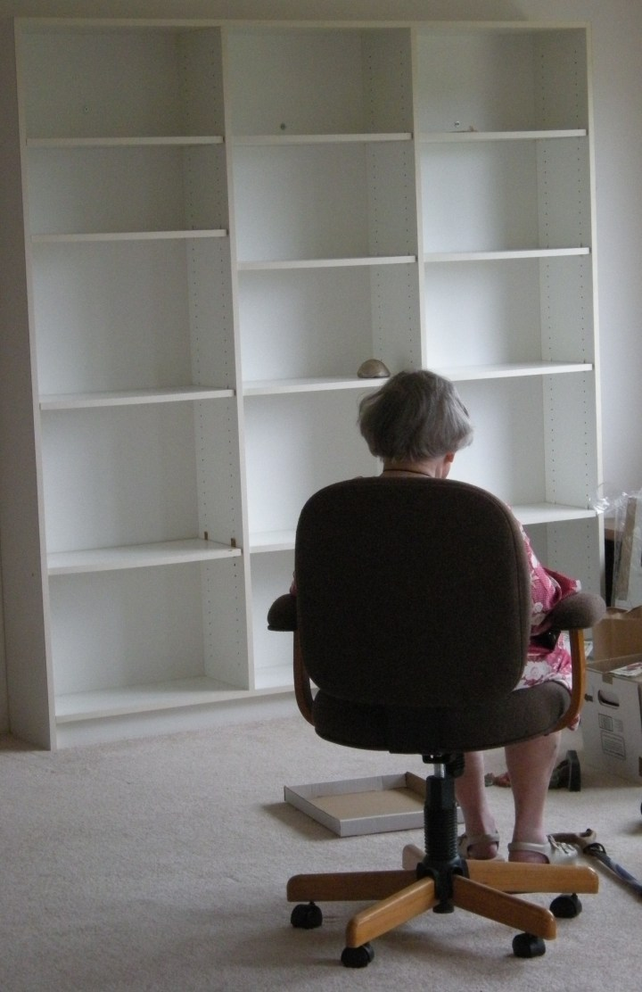 Mother facing the empty shelves