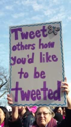 Tweet sign