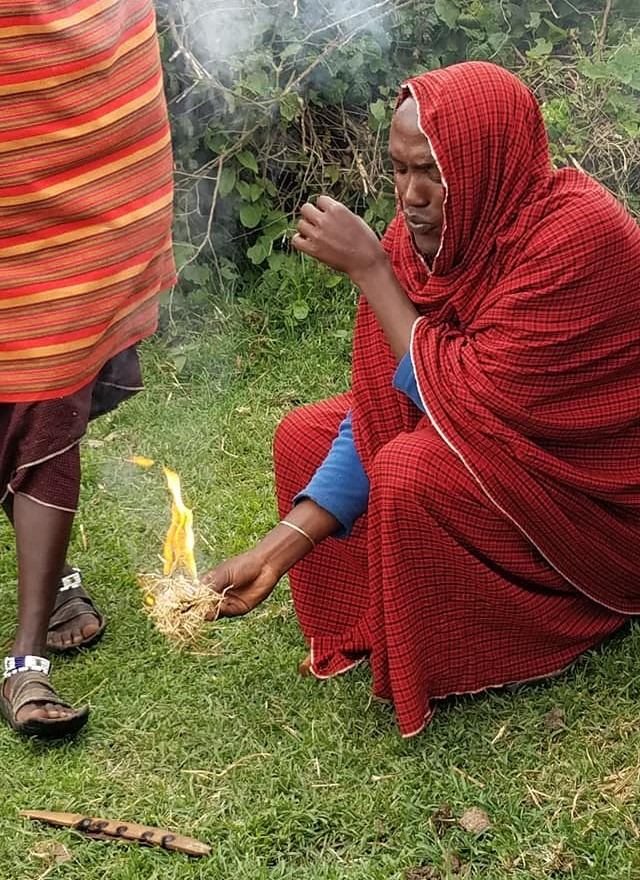 2-7 Maasai fire demonstration5