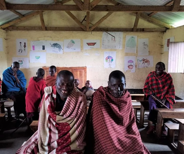 2-7 teachers at Maasai school
