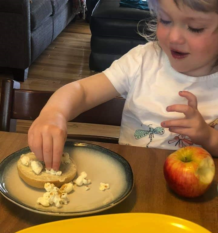 buttered-popcorn-bagel-frances-age-4.jpg