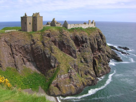 dunnottar-castle-june.jpg