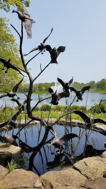 geese sculpture