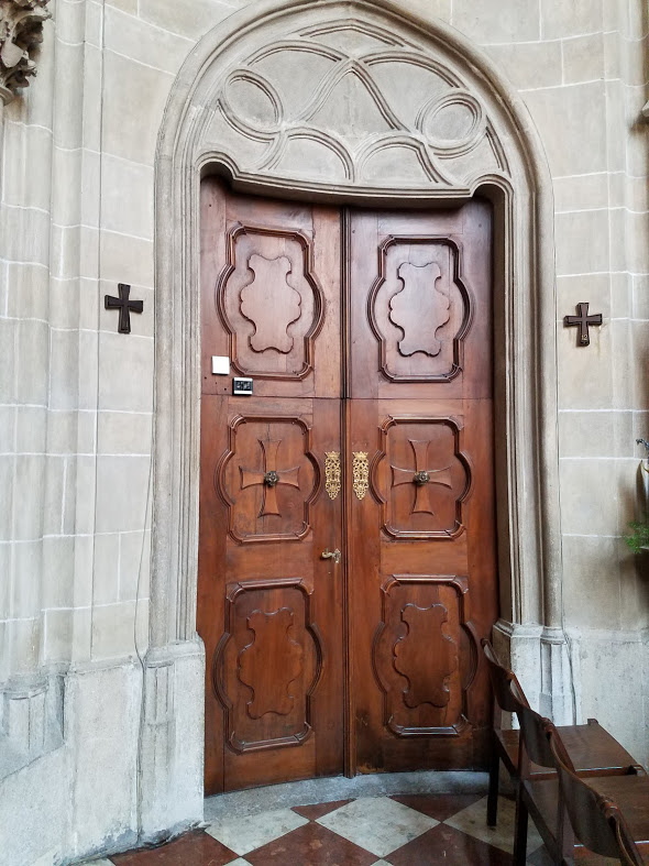 20190706_114924 church door, Vienna