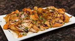 Bistro Chips | Seasoned chips, bleu béchamel, balsamic driz… | Tom Noe |  Flickr